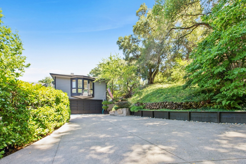 37 Bear Ridge Road, Orinda